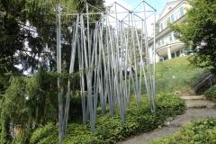 «Pavillon (Landeplatz für kleine bis mittelgrosse Engel)», Jürg Altherr, 1993, Park Villa Meier-Severini,
