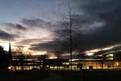 Turnhalle Buchholz in der Abenddämmerung